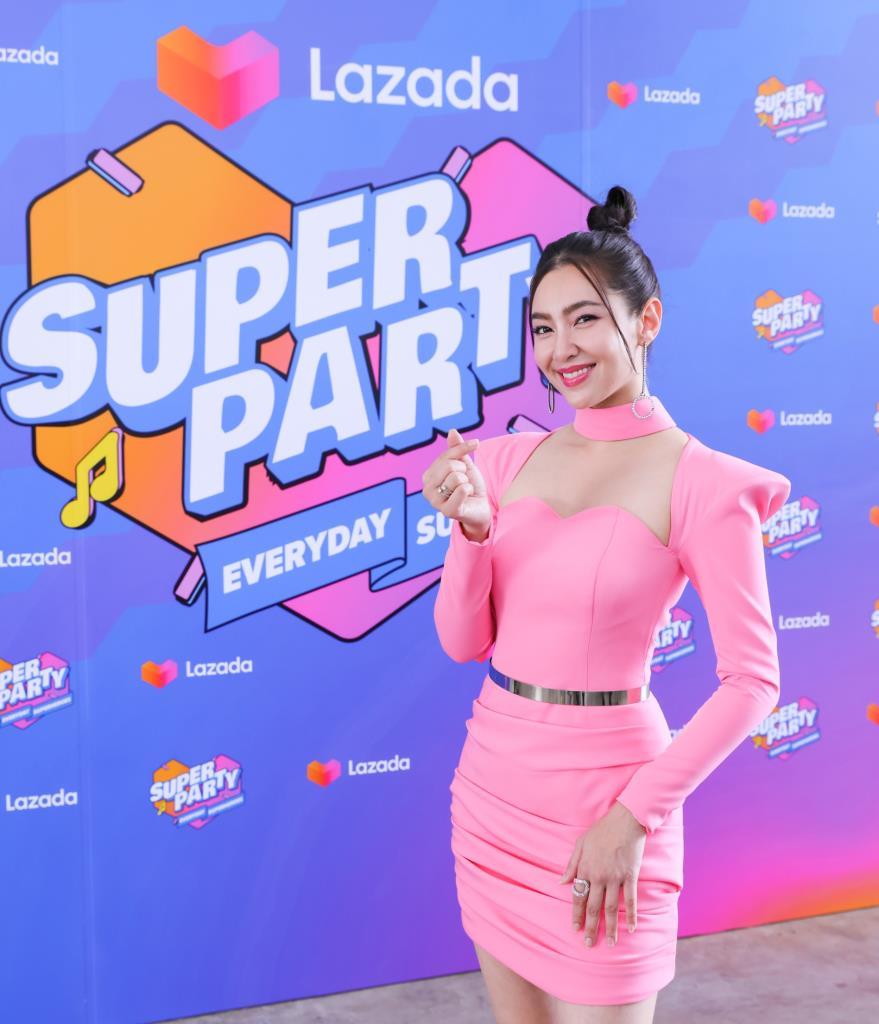 แอบส่อง ย่องสืบ ดารา ศิลปินเบอร์ใหญ่ ซุ่มซ้อม Lazada Super Party  เตรียมฉลองวันเกิดครบรอบ 9 ปีลาซาด้า