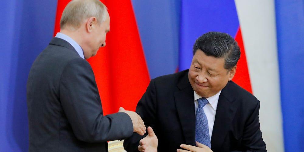 ทั้ง'รัสเซีย'และ'จีน'กำลังบอก'ไบเดน'ว่า มันผ่านไปแล้วสำหรับวันเวลาเก่าๆ  ที่'อเมริกา'เที่ยว'กร่าง'บงการให้คนอื่นทำตาม 'มาตรฐาน' ของตน