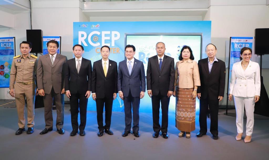 """""""จุรินทร์""""เปิด RCEP Center ชี้เป้าผู้ประกอบการไทยใช้ประโยชน์"""