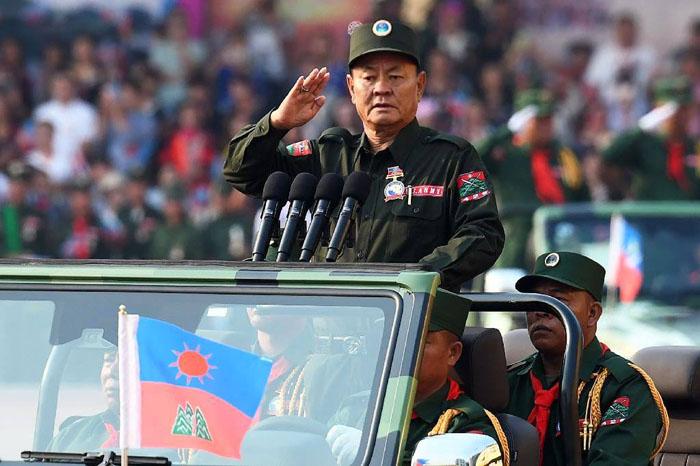 """รู้แล้วเหตุใด """"ว้า"""" ยังเงียบไม่มีท่าทีต่อรัฐประหาร เพราะ """"เป่าโหย่วเสียง"""" เพิ่งกลับมาจากจีน"""