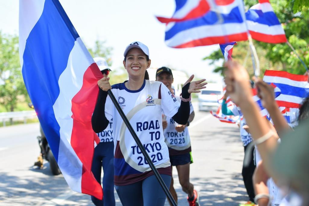 วิ่งผลัดธงชาติไทยถึงปราณบุรี วันที่สี่สุดคึกคัก!!!
