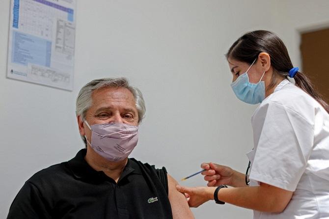 ยืนยันประธานาธิบดีอาร์เจนตินาติดเชื้อโควิด-19 แม้เคยฉีดวัคซีน'สปุตนิกไฟว์'