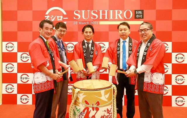 สถานทูตญี่ปุ่นได้ส่งผู้แทนอื่นมาร่วมเปิดร้าน SUSHIRO ไม่ใช่เอกอัครราชทูตนาชิดะ คาซูยะ