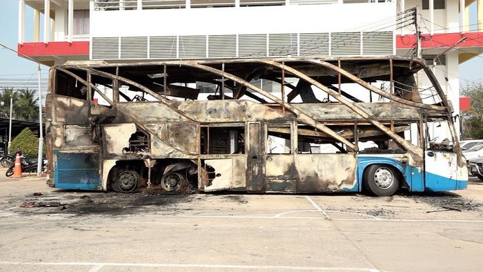 เผยบัสอุดรฯ-กทมไฟไหม้ผู้โดยสารตาย5เจ็บ12 เหตุยางระเบิดลุกไหม้ถังแก๊ส NGV