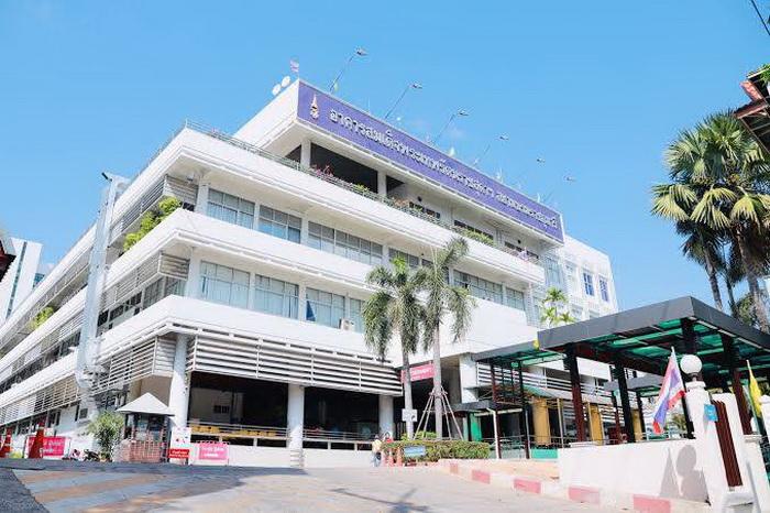 ด่วน!รพ.ขอนแก่นปิดตึกผู้ป่วย3ตึก หลังต้องกักตัวบุคลากรทางการแพทย์เสี่ยงติดโควิดมากถึง105คน