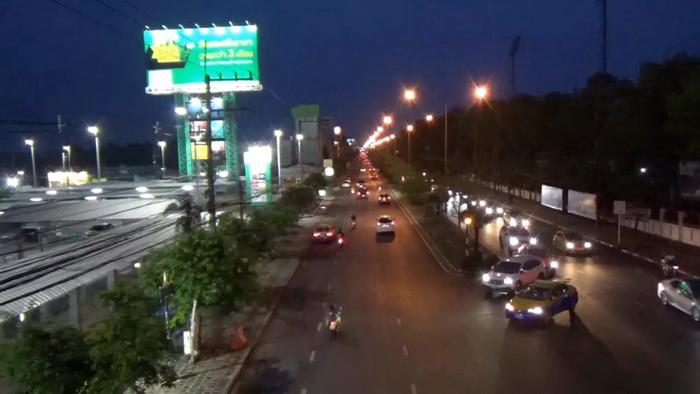 ย่านการค้าอุบลฯแทบร้างถนนคนเดินปิดตัวเองหลังยอดป่วยโควิดเพิ่มเป็น 114 คน