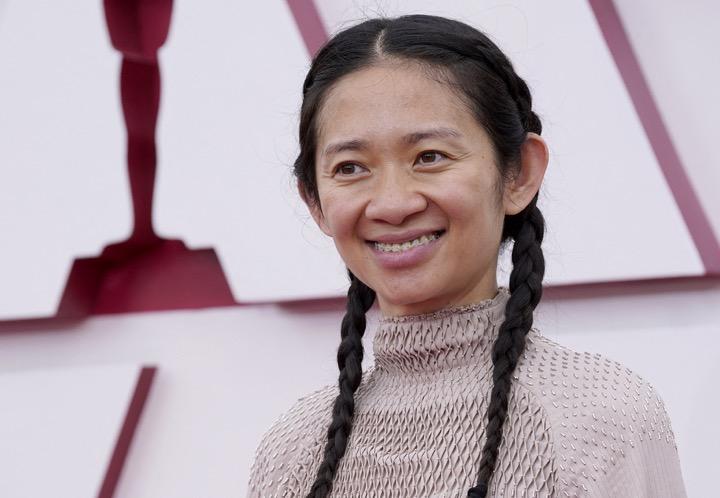 ผู้กำกับหญิงชาวจีนสร้างประวัติศาสคร์คว้ารางวัลออสการ์