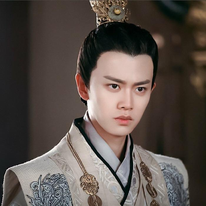 """'เหรินเจียหลุน' กับบทบาทของ """"หลี่ชู่"""" จากซีรีส์เรื่อง """"ศึกชิงบัลลังก์ราชวงศ์ถัง"""" ในปี 2017 (แฟ้มภาพจาก เว่ยป๋อ)"""
