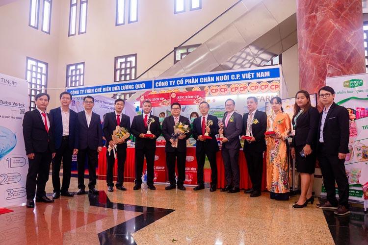 ซี.พี. เวียดนาม เดินหน้าสู่ความเป็นเลิศในการบริหารจัดการองค์กรสู่มาตรฐานระดับโลก คว้า 6 รางวัลคุณภาพแห่งชาติเวียดนามประจำปี 2019- 2020
