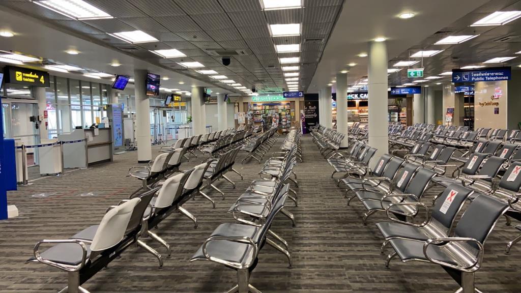 โล่งเหลือเชื่อ!สนามบินเชียงใหม่เซ่นพิษโควิด-19ผู้โดยสารหดหายกว่า10เท่าเหลือเพียงวันละพันกว่าคน