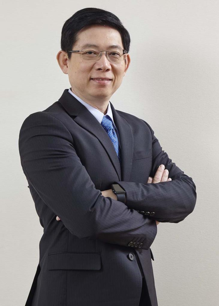 นายสุรศักดิ์ สุทองวัน รองกรรมการผู้จัดการใหญ่ บริษัท โตโยต้า มอเตอร์ ประเทศไทย จำกัด