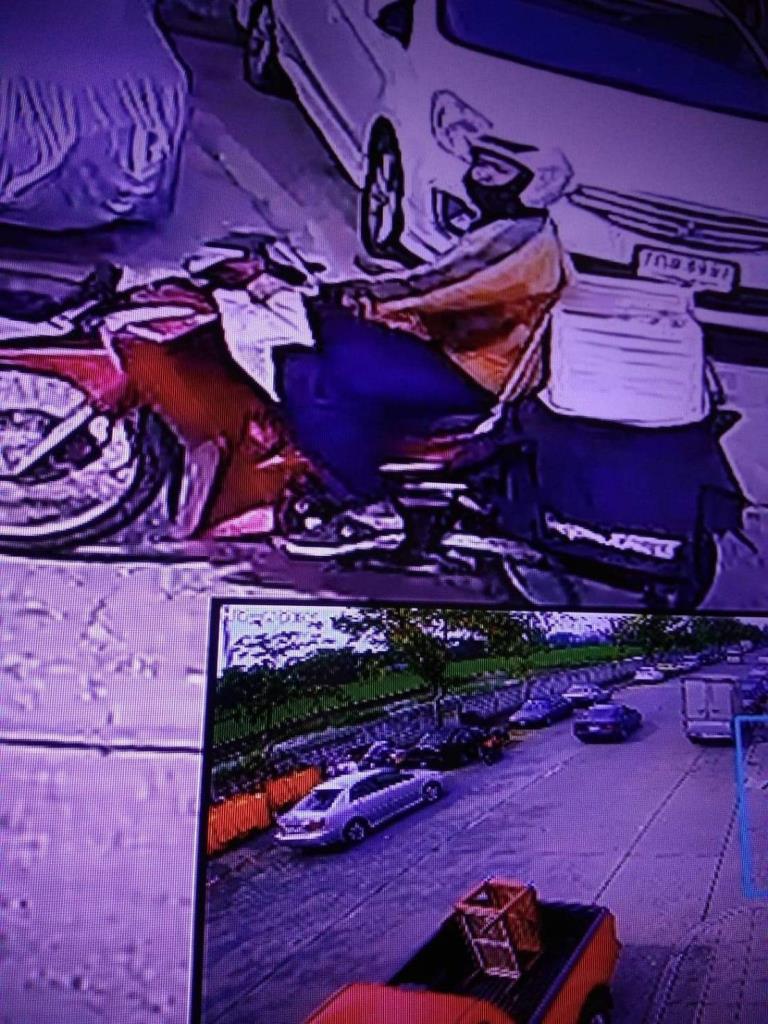 หนุ่มส่งของ shopee ด่าลูกค้าวัย 79 ปี ฉุนถูกเตือนห้ามขึ้นตึกส่งของตามมาตรการคุมโควิด