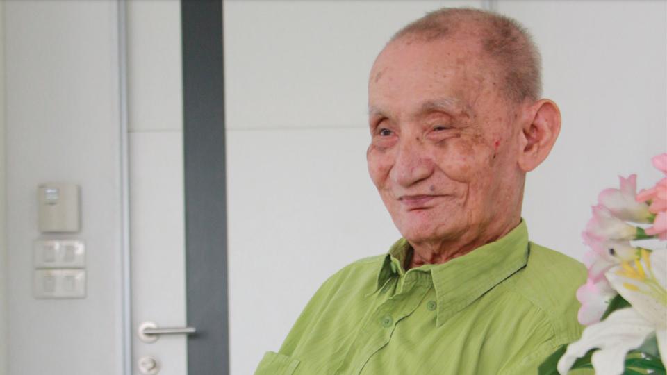 """อาลัย """"เลิศ อัศเวศน์"""" นักหนังสือพิมพ์อาวุโส เสียชีวิตด้วยโรคโควิด-19 รวมอายุได้ 100 ปี"""