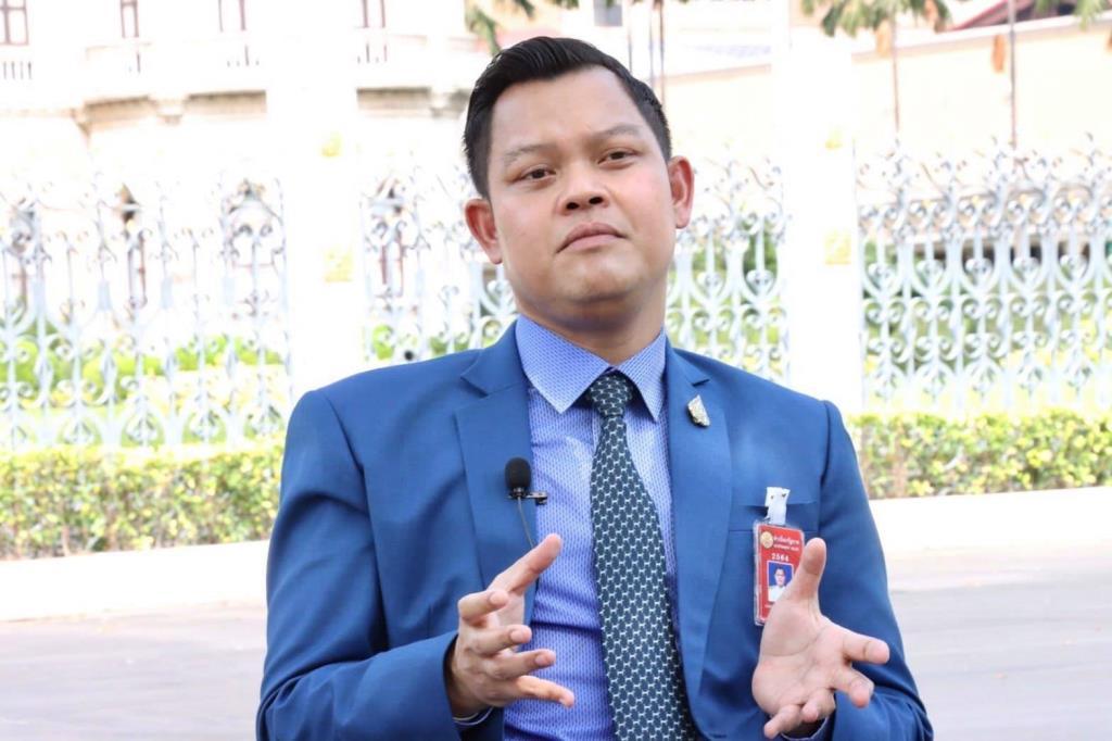 """""""ธนกร"""" ชวนคนไทยฉีดวัคซีนโควิดเพื่อชาติ อัดพวกไม่หวังดีปั่นเฟกนิวส์สร้างความหวาดกลัว"""