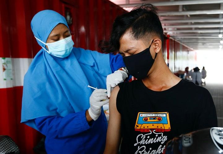 กลบเสียงวิจารณ์! ผลศึกษาโลกจริงอินโดฯ พบวัคซีนซิโนแวคมีประสิทธิภาพสูงลิ่ว ป้องกันการตาย 100%