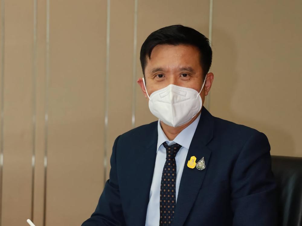 """""""ชัยวุฒิ""""สั่งฟ้องนักข่าวไทยพีบีเอสปั่นเฟคนิวส์สาวอุดรฯแพ้วัคซีน"""