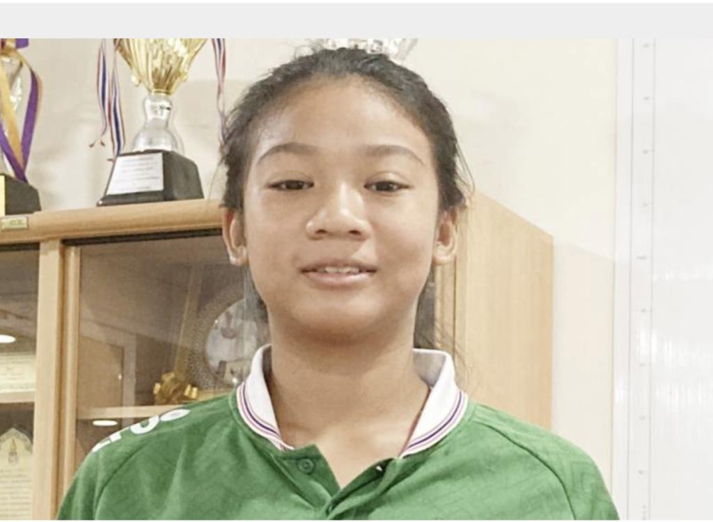 ตื้อจนได้เรื่อง!! พ่อส่งโปรไฟล์ลูกสาวทุกวัน ทีมมะกันใจอ่อนดึงเด็กหญิง 12 ปีร่วมทัพ