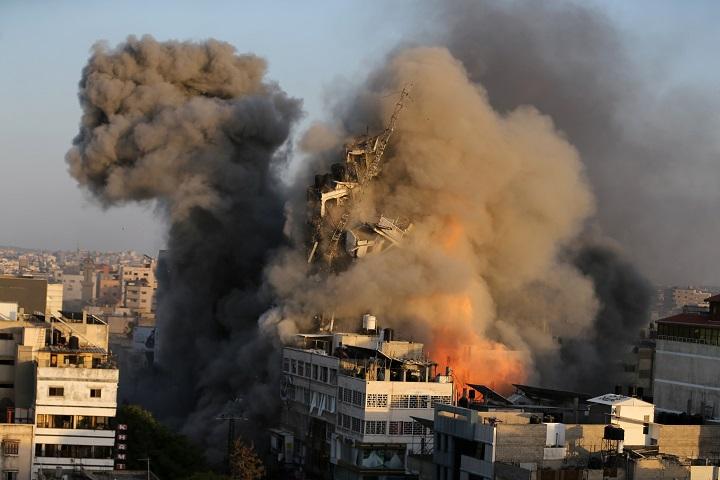 จุดยืนชัด! สหรัฐฯ หนุนหลังอิสราเอลในเหตุปะทะเดือดปาเลสไตน์ ส่งทูตวอน 2 ฝ่ายสงบศึก (ชมคลิปการโจมตี)