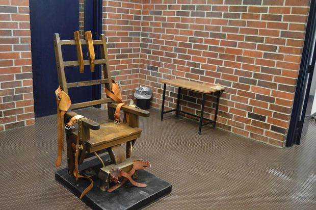 ชีวิตกำหนดเอง!รัฐเซาท์แคโรไลนาเปิดทางนักโทษประหารเลือกโดนยิงเป้าหรือนั่งเก้าอี้ไฟฟ้า