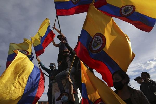 """ตัดสิทธิ์ """"โคลอมเบีย"""" เจ้าภาพร่วมโคปาฯ หลังเกิดเหตุประท้วง"""