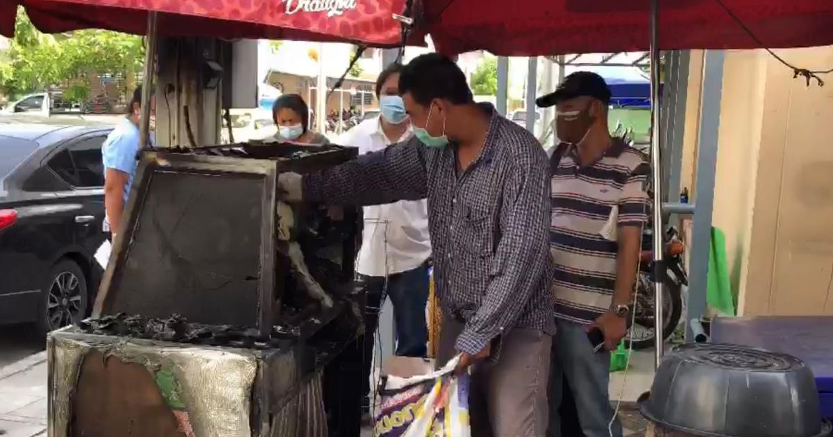 หนุ่มใหญ่ตามฉุนง้อเมียแม่ค้าอาหารตามสั่งไม่สำเร็จ ดื่มเหล้าเมาได้ที่ราดน้ำมันจุดไฟเผาร้านวอด