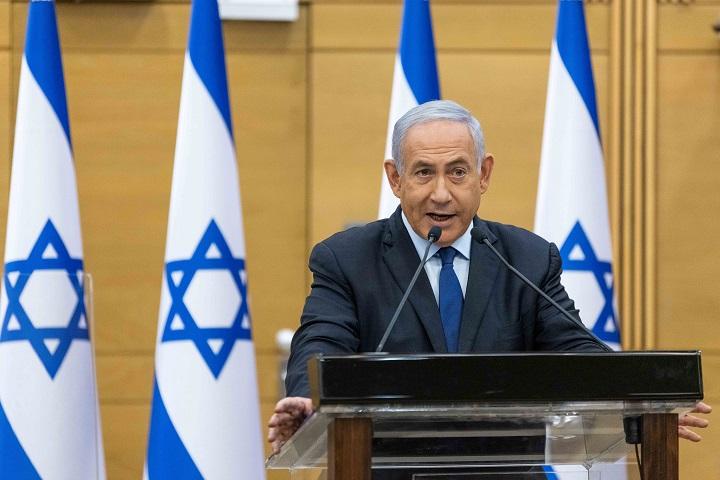 นายกฯอิสราเอลจ่อตกเก้าอี้หลังครองอำนาจนาน12ปี คู่แข่งจับมือตั้งรัฐบาลสมานฉันท์