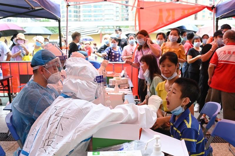 'เวียดนาม'เตรียมปูพรมตรวจทั้ง'โฮจิมินห์ซิตี้'  จีน'ก็เริ่มล็อกดาวน์'กว่างโจว'สกัดโควิดระบาด