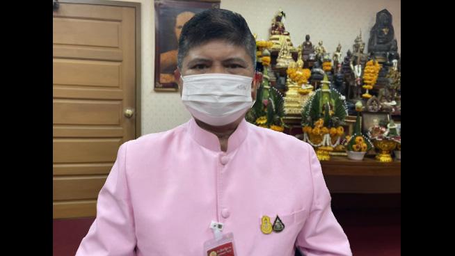 """""""แรมโบ้""""ยินดี""""ป้าจุไรรัตน์"""" ฉีดวัคซีนเข็มแรกของแอสตร้าฯ ที่ผลิตในไทย ทวง """"วิโรจน์"""" รับผิดชอบคำพูด"""