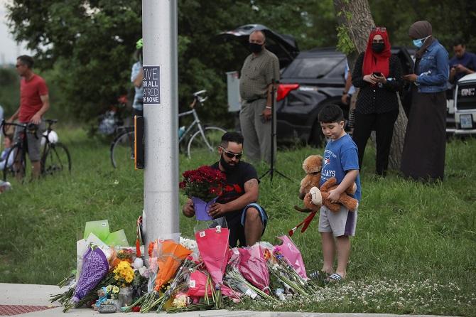 แคนาดาช็อก!หนุ่มวัย20เกลียดชัง'อิสลาม'ขับรถชนครอบครัวมุสลิมตาย4ศพ