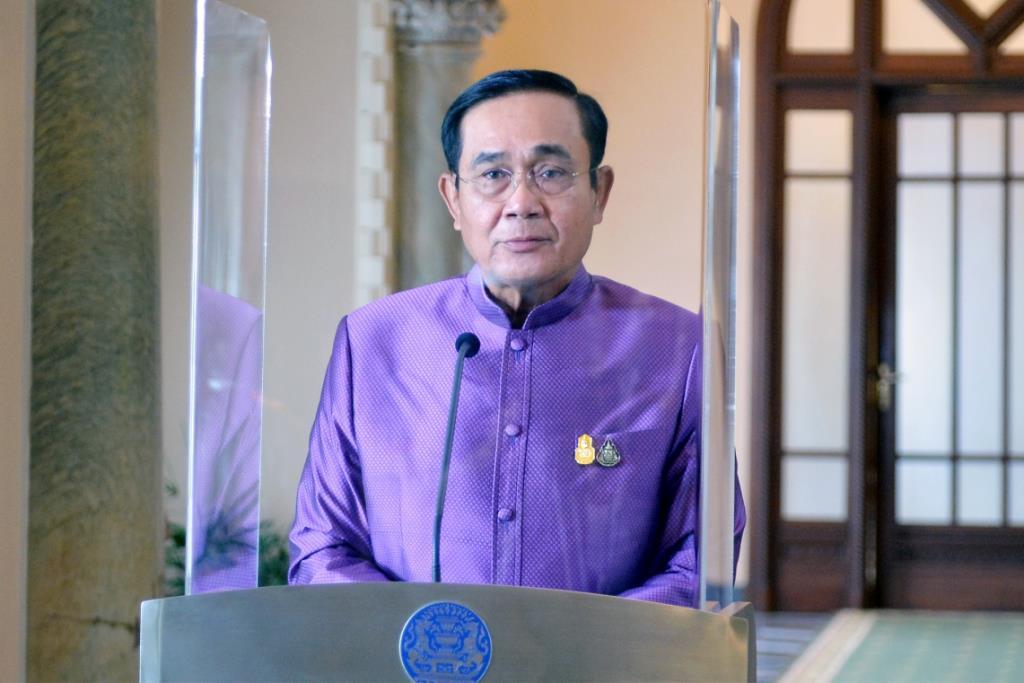 นายกฯ ขออภัยไม่ได้รับความสะดวกฉีดวัคซีน ลั่นต้องไม่เลื่อนคิวคนไทย ย้ำเป้า 100 ล.โดส