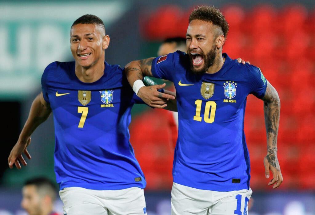 """""""เนย์มาร์"""" ยิง 1 จ่าย 1 """"บราซิล"""" เชือด """"ปารากวัย"""" 2-0 เก็บชัย 6 นัดรวด คัดบอลโลก"""