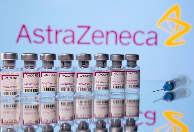 EUยันวัคซีนแอสตร้าเซนเนก้ามีประโยชน์เหนือความเสี่ยง โต้ข่าวจำกัดใช้กับคนสูงวัยด้วย