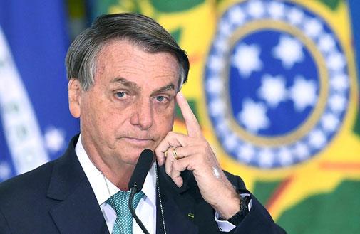 การเสี่ยงเพื่อชาติของฟุตบอลทีมชาติยูโรและโคปา