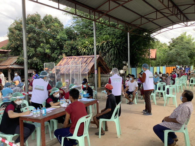 มหาสารคามเร่งคัดกรองโควิด 3 หมู่บ้านนับพันคน หลังพบคลัสเตอร์งานบวชป่วยแล้ว 18 ราย