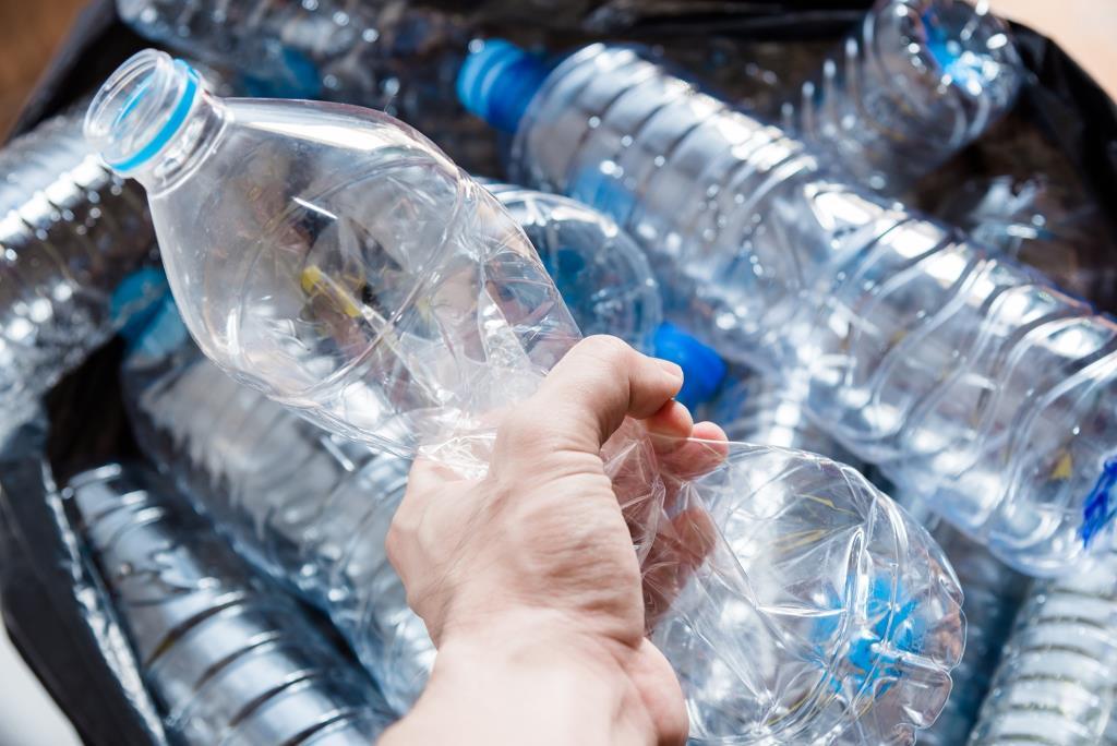 ความท้าทายของไทยกับการใช้พลาสติกรีไซเคิล rPET