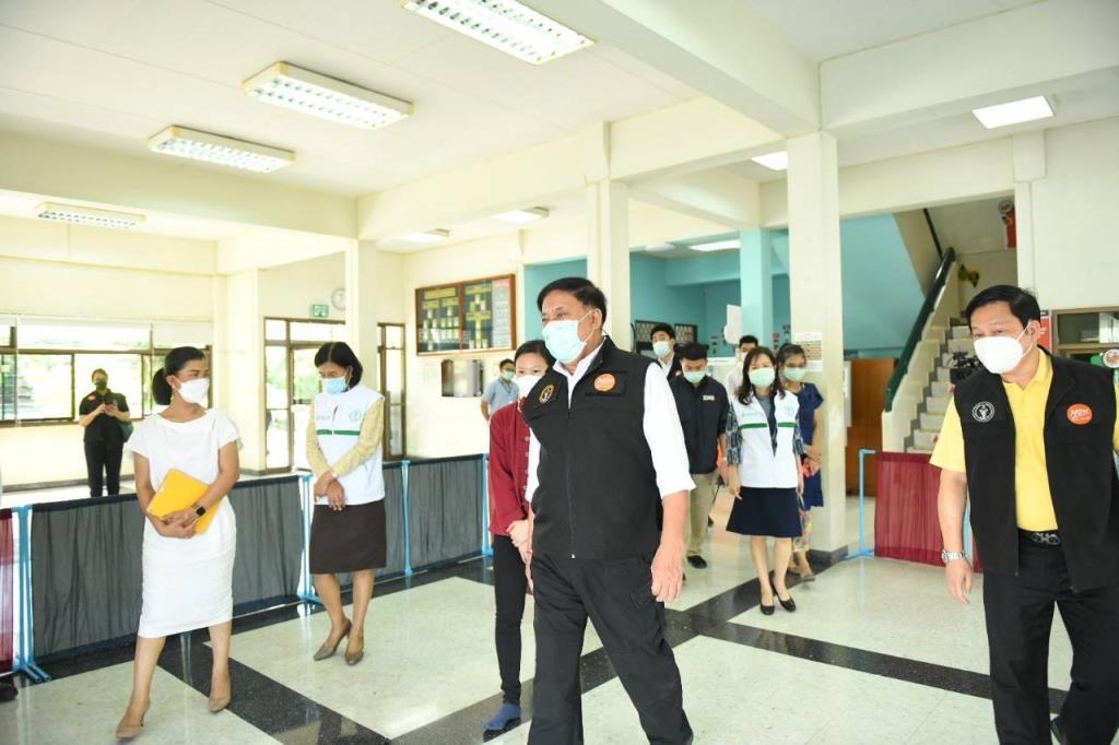 กทม.ตั้งศูนย์พักคอย 6 กลุ่มเขต แยกผู้ป่วยโควิด-19 ออกจากชุมชน ก่อนส่งโรงพยาบาล