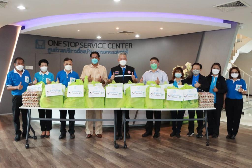 การเคหะฯ สนับสนุนร้านค้าในชุมชน จัดทำข้าวกล่องแจกผู้ได้รับผลกระทบโควิด-19