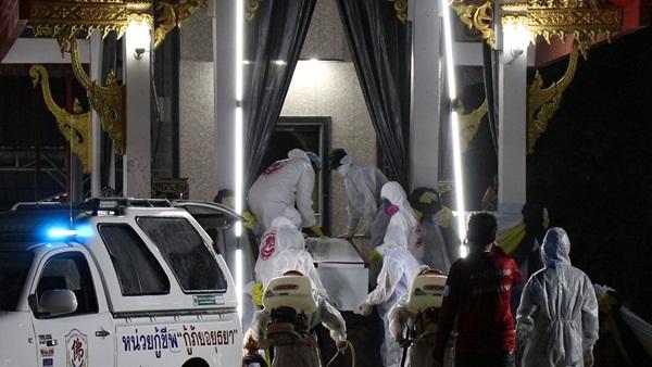 หดหู่! วัดป้อมรามัญรับเผาศพผู้ติดเชื้อโควิด-19 รายแรก หลังไม่มีหน่วยงานใดรับดำเนินงานให้ ต้องทิ้งศพไว้ในบ้านนาน 12 ชม.