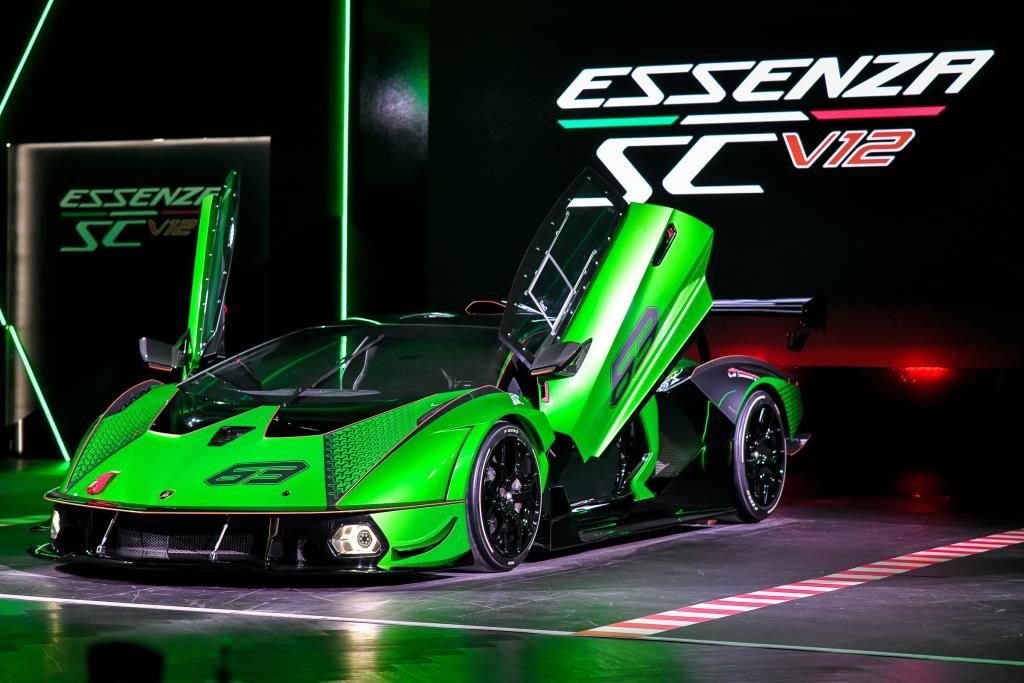 ลัมโบร์กินี เอสเซนซ่า เอสซีวี12 รถแข่งไฮเปอคาร์รุ่นพิเศษ มีเพียง 40 คันทั่วโลก