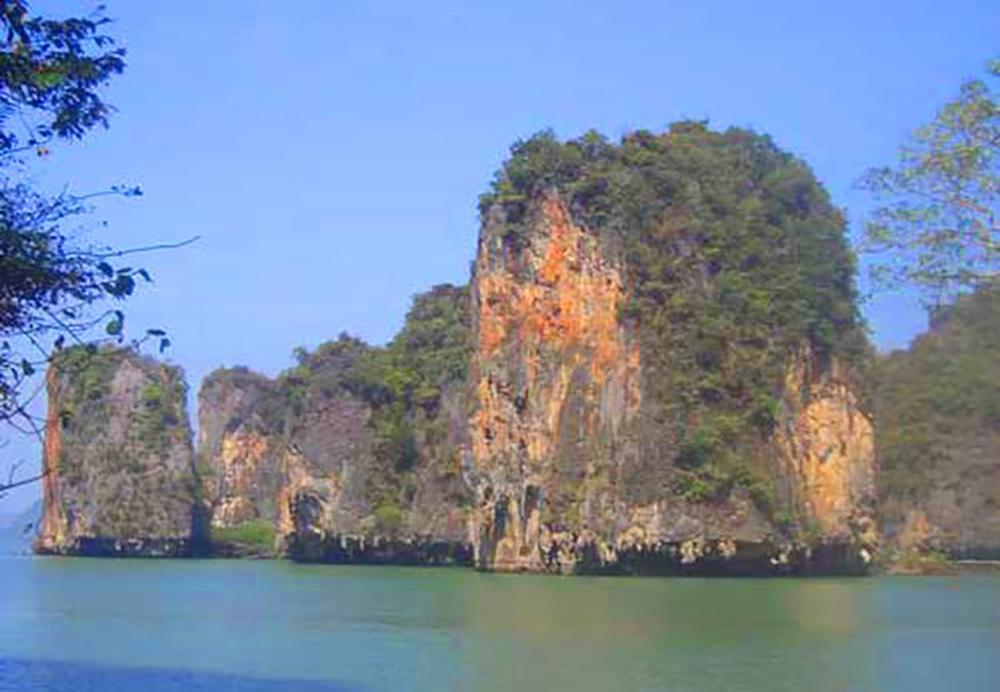 เกาะพนัก (ภาพจากสำนักอุทยานแห่งชาติ)