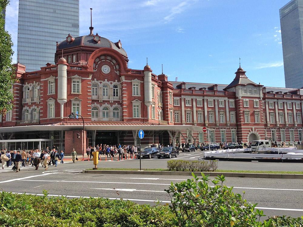 สถานีโตเกียวที่มีสถาปัตยกรรมงดงาม