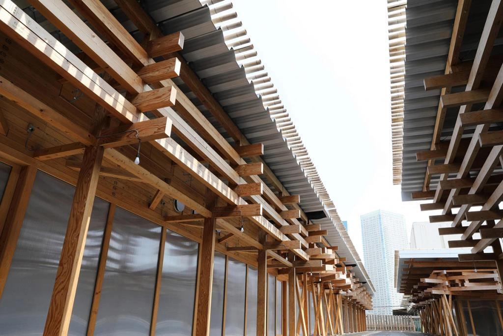 """""""หมู่บ้านนักกีฬา"""" โตเกียวโอลิมปิก โชว์ภูมิปัญญาช่างไม้ ผสานแนวคิดรีไซเคิล"""