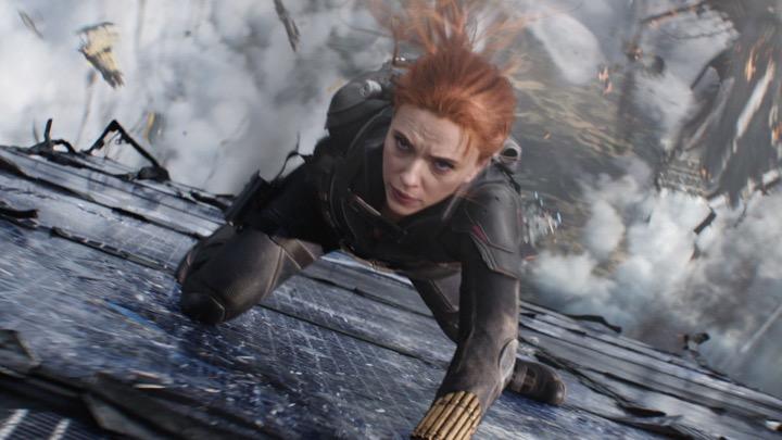 """ช็อก! """"สการ์เล็ต"""" ฟ้อง Disney ผิดสัญญาส่ง Black Widow ลงสตรีมมิงพร้อมฉายโรงทำเสียรายได้"""