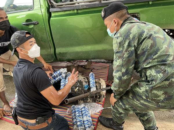 รวบหนุ่มพม่าคาด่าน หลังซุกของกลางยาบ้ากว่า 1.4 แสนเม็ดในถังน้ำมัน