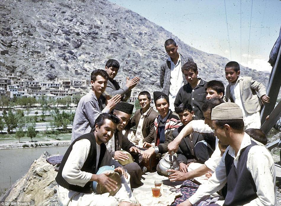 """ชมภาพหายาก """"อัฟกานิสถาน"""" ก่อนไฟสงคราม"""
