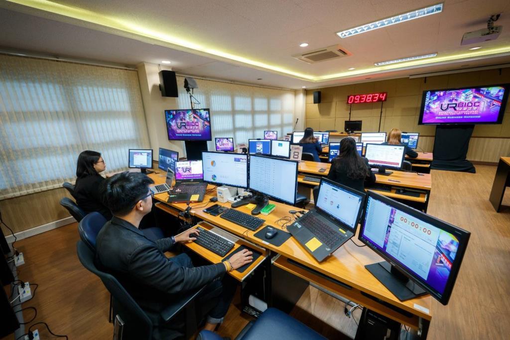 """""""พาณิชย์"""" เปิดงาน BIDC 2021 บูมดิจิทัลคอนเทนต์ไทย ตั้งเป้าเจรจาธุรกิจ 700 ล้าน"""