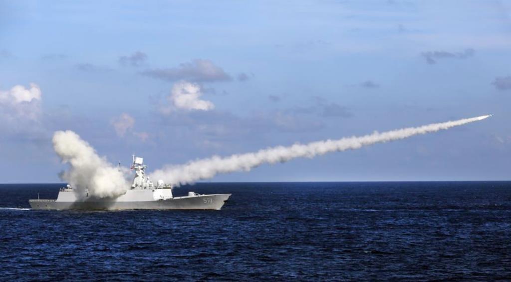 'จีน VS ตะวันตก' เมื่อต่างฝ่ายต่างซ้อมรบที่'ทะเลจีนใต้'สัปดาห์นี้