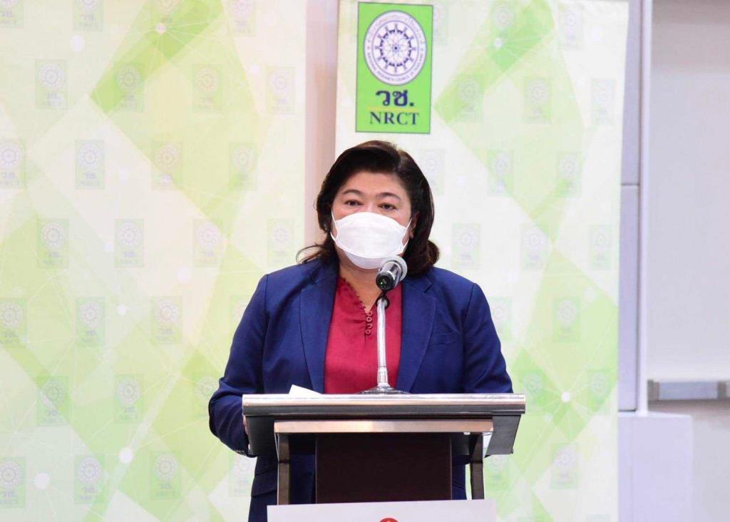 วช. จับมือสมาคมกีฬาเครื่องบินจำลองและวิทยุบังคับพัฒนาเครื่องฟอกอากาศ แบบผลิตออกซิเจนบวก-ลบ เพื่อป้องกัน PM 2.5 และฆ่าเชื้อโรค