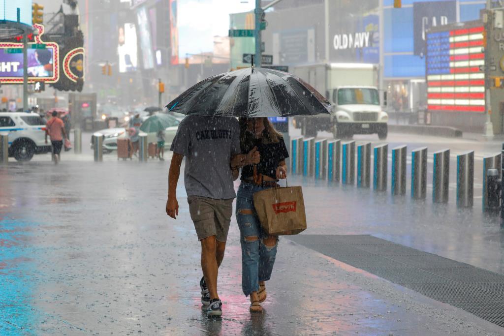 ทั่วไทยมีฝนตก ภาคกลาง-ตะวันออกหนัก กทม.ไม่รอดโดน 80%