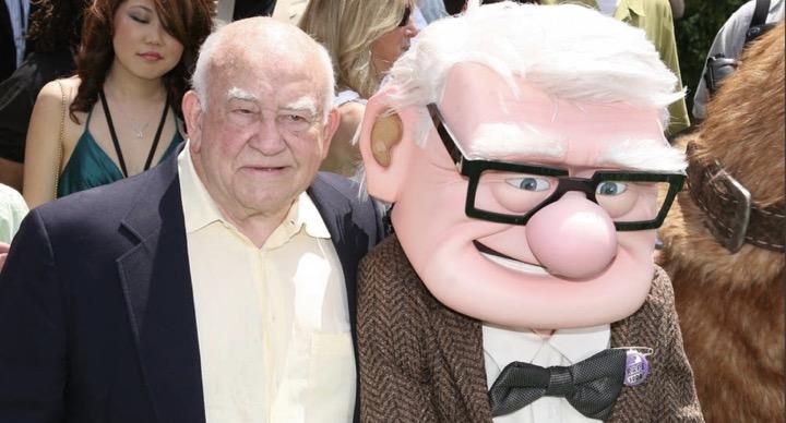 """เจ้าของเสียงพากย์คุณปู่คาร์ลแห่งหนัง Up """"เอ็ด แอสเนอร์"""" เสียชีวิตแล้วด้วยวัย 91 ปี"""
